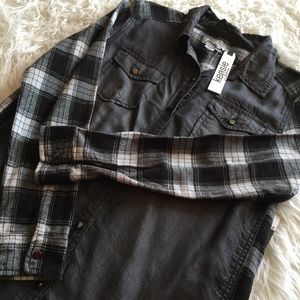 NWT,  Kensie shirt long sleeve size M